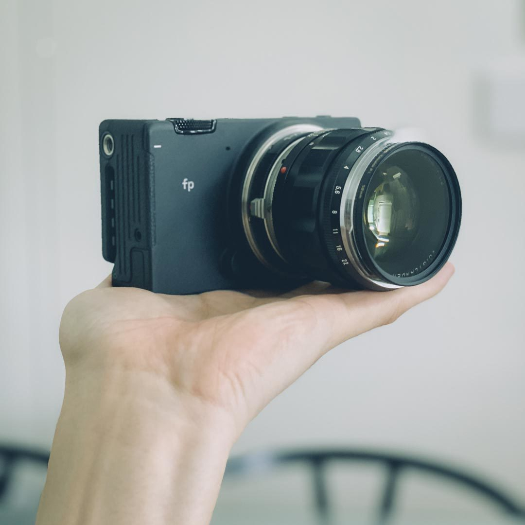 SIGMA fp NOKTON 50mm f1.2 Aspherical ボディ レンズ
